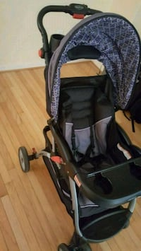 baby's black and gray stroller Chester, 23831