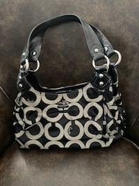 Authentic Coach purse and wallet  New Tecumseth, L0G 1W0