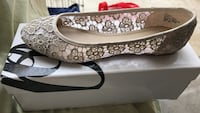 Brand new Nine West flats size 8