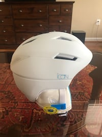 Women's Salomon Icon2 ski helmet Purcellville, 20132