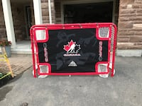 Hockey shooter tutor - used once - fits full size hockey nets (net not included) Mississauga, L5N 0C3