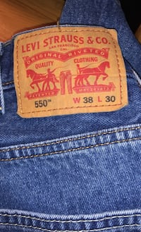 Men's 38x30 Levi Strauss Jeans Columbus, 43229
