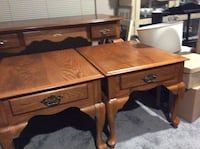 Oak desk good condition 60