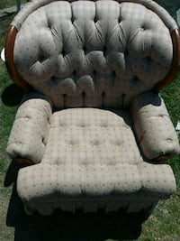 tufted white and black sofa chair