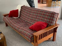 Couch (pulls out to full size bed)