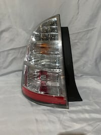 06-09 TOYOTA Prius Rear LEFT Driver Side Tail Light Taillight Lamp