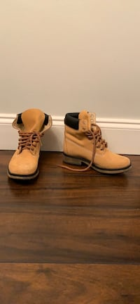 Steve Madden leather unisex boots