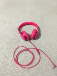 Wired Pink Beats Solo 2 (READ DESCRIPTION)