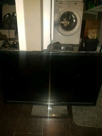 black and gray flat screen TV Calgary, T3N 0E4