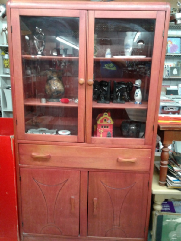 brown wooden cabinet with shelf 93c82243-8d9c-4169-b9a1-0ba0c8456e59