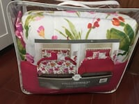 white and pink floral bed sheet set null