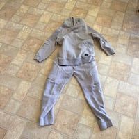 Urban track suit size medium worn a few times outgrown it  Mississauga, L5V 2H4