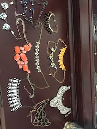 assorted-color chandelier necklace lot Leicester, 01524