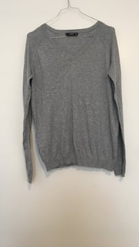 Pull gris v-cou Juvisy-sur-Orge, 91260