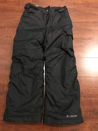 Girls youth size small snowpants 560 km