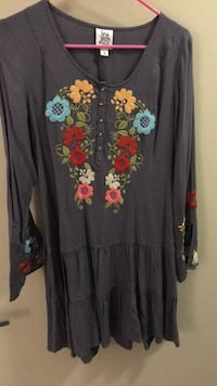 Dress. size small. just not my style. never worn but took tags off.  ivy jane brand. originally 80.  Austin, 78723