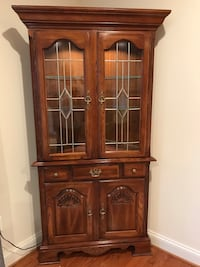Solid Oak, Lighted Kincaid Corner Cabinet Alexandria, 22312