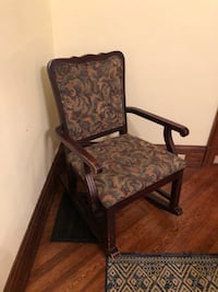BroAntique wood framed brown floral padded rocking armchair Airville, 17302