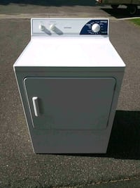 Hotooint Electric dryer clean and very decent con Anoka County