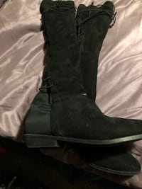 Suede boots knee high