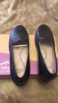 Brand New Dansko size 40 Shoes same size 9 or 9.1/2 Saint Cloud, 56303
