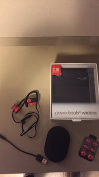 Powerbeats3 wireless heaphones  Ottawa, K2P 0J9