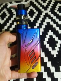 Blue Rainbow T-priv and e-juice