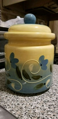 Yellow & blue floral Ceramic kitchen canister Essex, 21221
