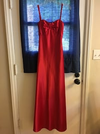 Size 2 red dress- worn once  Grandview Heights, 43212