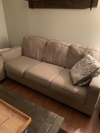 Beige Couch Set (Alenya from Teppermans) London, N6G 2W7