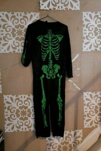 black and green floral long-sleeved dress Mississauga, L4T 3M9