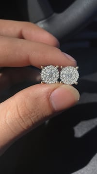 14k gold diamond earrings $2700 or best offer need gone today!