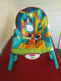 Fisher Price baby rocker w/ massager Modesto, 95355