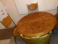oak table and 6 chairs Warren, 48088