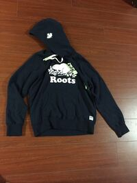 Roots sweater for man size  M  New Toronto, M6L