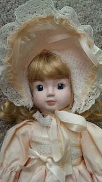 Beautiful House of Lloyd 1989 doll Muskego Muskego, 53150