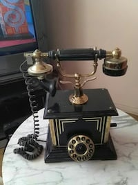 Black/gold, Classic style real phone.