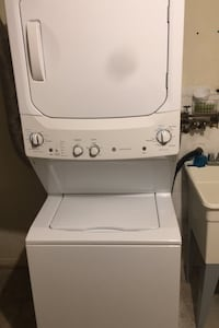 Stackable Washer Gas Dryer like new.      Yonkers, 10701