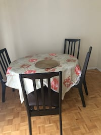Rectangular brown wooden table with four chairs dining set Toronto, M1L 3E9