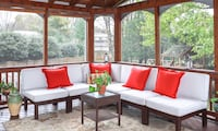 Pottery Barn 6-piece outdoor sectional Leesburg, 20176