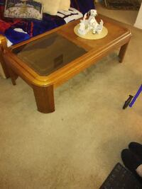 WOOD AND GLASS COFFEE TABLE Port St. Lucie