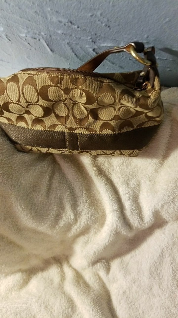 cae35e048 Used Gently used Coach purse price neg for sale in Evansville - letgo