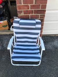 White and blue stripe padded chair Clifton, 07012