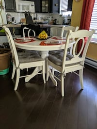 Kitchen table and 4 chairs Langley City, V3A 8M7