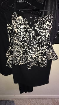 black and white floral scoop-neck dress Houston, 77039