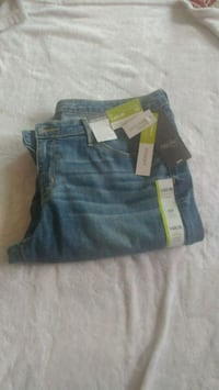 New Ladies Mossimo jeans -size 14 Simcoe, N3Y 4K6
