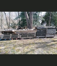 Free pallets and wood pieces/scraps Silver Spring, 20904