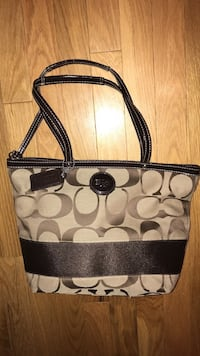 Like new coach purse Markham, L3P 6G6
