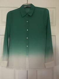 Green and white collared button-up long-sleeved shirt