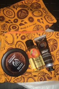 Body Shop travel bags with never opened Mango and Coconut goodies Vancouver, V5W 2Y6